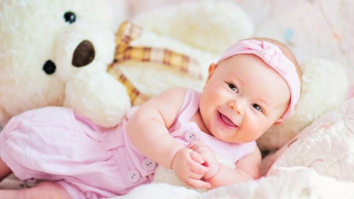 Новорожденный. Развиваем вкус. Одежда, коляска, кроватка, игрушки.